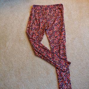 LuLaRoe Pants - LuLaRoe tall & curvy multicolored leggings